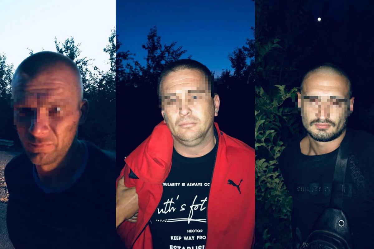 К слову, два дня назад лидера группы за ограбление банка суд освободил из-под стражи под залог в 80 тысяч гривен