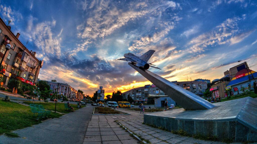 Памятник Лётчикам 295 Авиадивизии